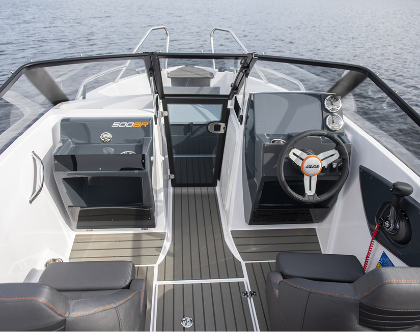 Bella 500BR seats and controls.